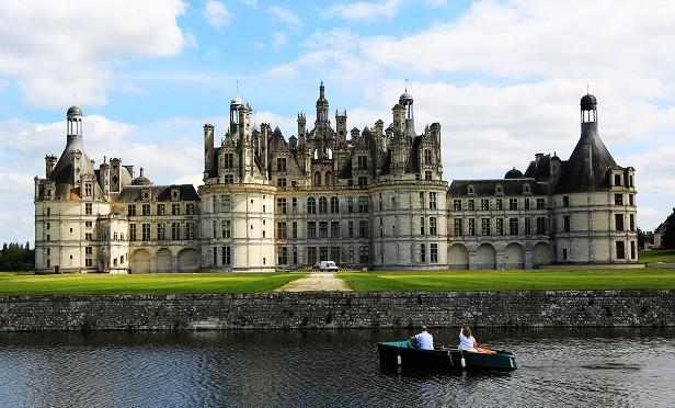 A24:西欧3国:法意瑞深度14日---意大利(罗马、佛罗伦萨、比萨、五渔村、威尼斯、米兰)、瑞士(卢塞恩、因特拉肯、金色山口列车、蒙特勒、西墉城堡、日内瓦)、法国(第戎、巴黎卢浮宫、凡尔赛、巴黎圣母院、枫丹白露、卢瓦尔河谷)(***18人以上派双领队)